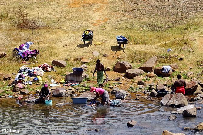 Szene am Fluß