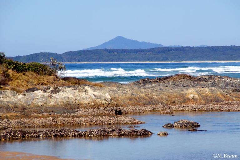 Auch Felsenküste findet man bei dem Ort Sawtell