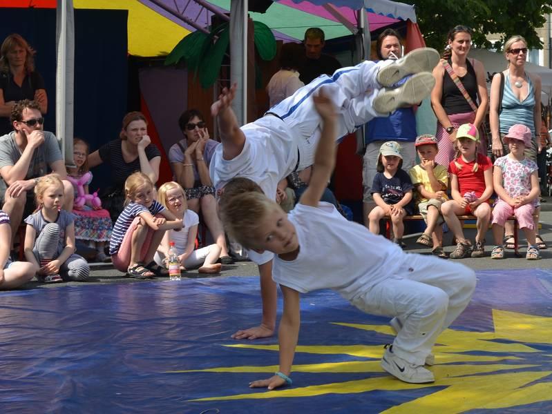 Sommerfest FZH Capoeira Kinder Auftritt