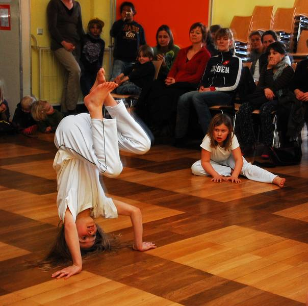 Kinder Capoeira Grundschule Linden