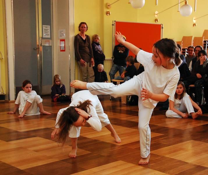 Kinder Capoeira GS Lindener Markt