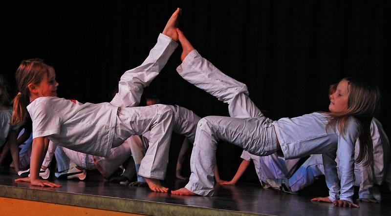 Kinder Capoeira Freizeitheim Linden