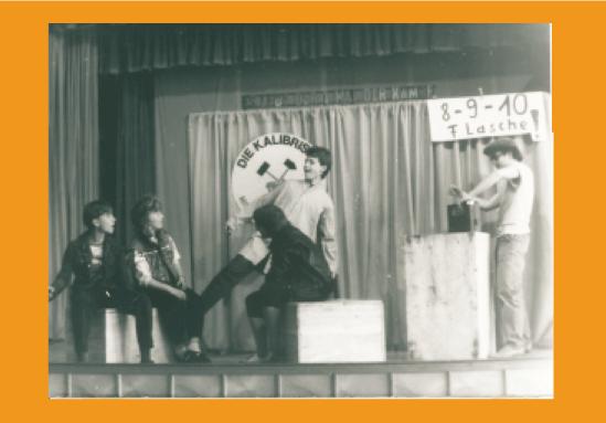 """Premiere """"8 -9 -10 - Flasche"""" 1986 im Klubhaus Menteroda"""
