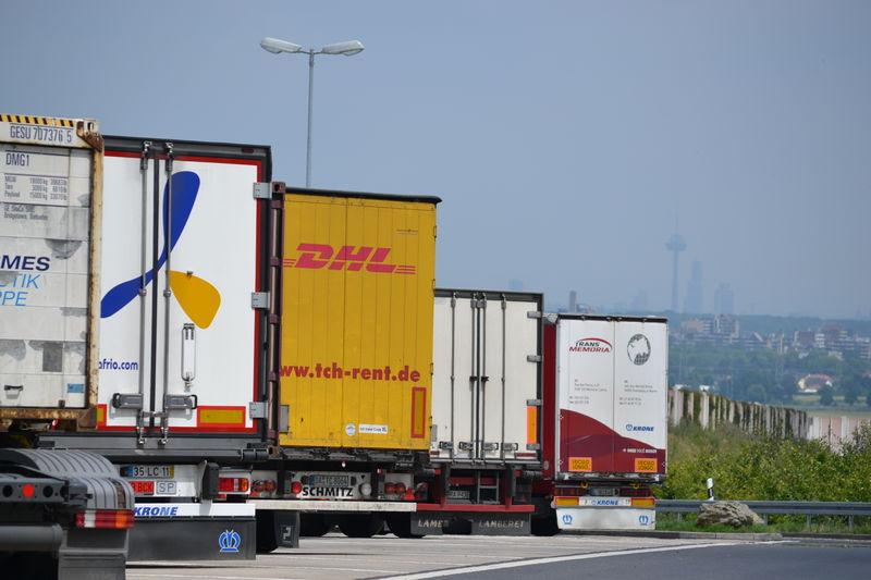 LKW vor Köln