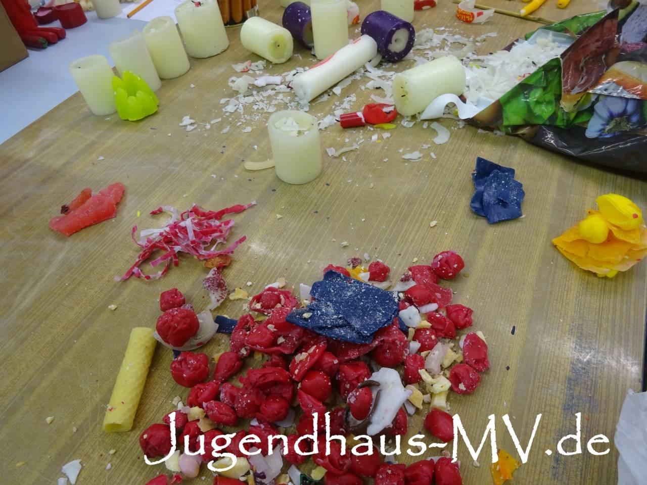 Rohmaterial Kerzenreste & Altwachs für Wachsrecycling - farblich noch gemischt