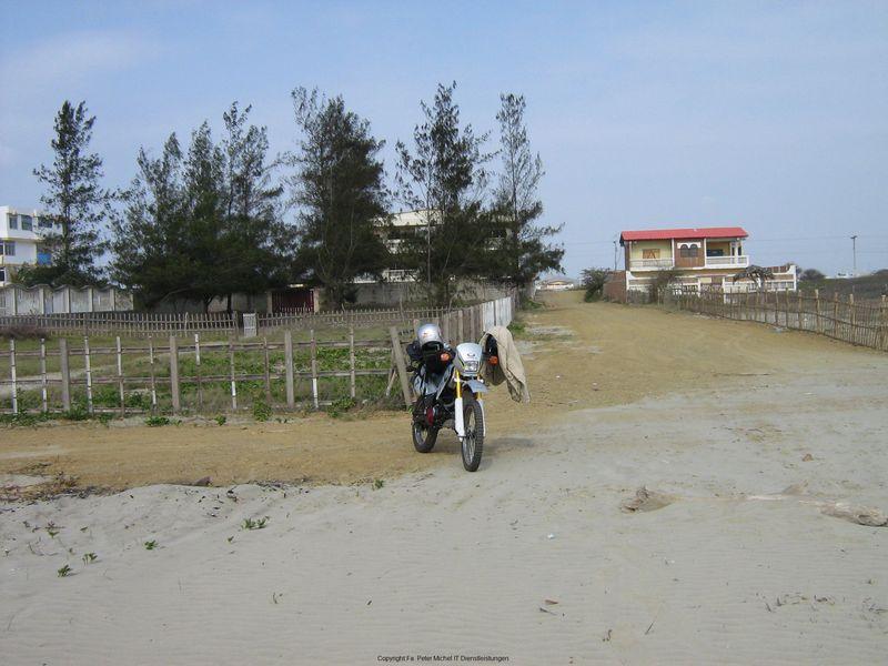 Motorrad am Strand nähe Playas