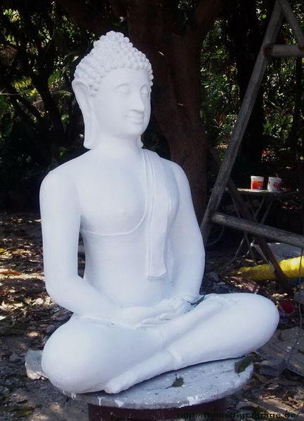 weisser Buddha