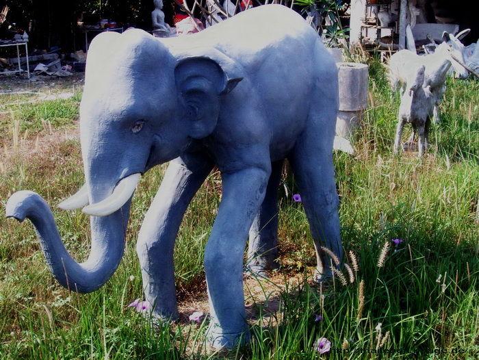 Steinelefant