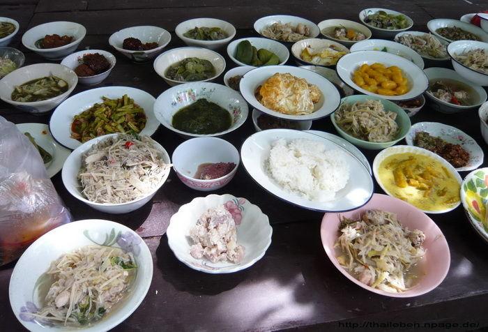 Essens vorbereitung im Tempel
