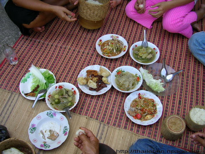 Thaispezialitäten
