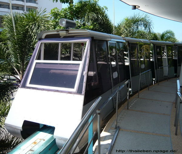 Skytrain Wasserpark Pattaya