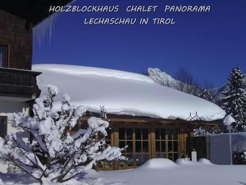 Chalet Landhaus Panorama Lechaschau in Tirol