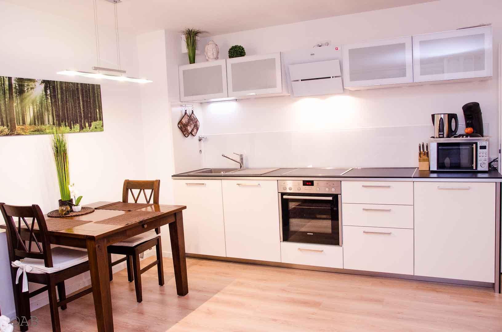 exclusives möbliertes Appartement in Königsbrunn bei Augsburg; Küche