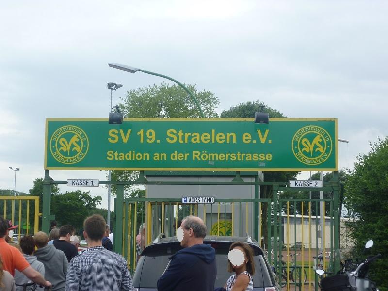Stadion_an_der_Römerstraße_Nebenplatz_2