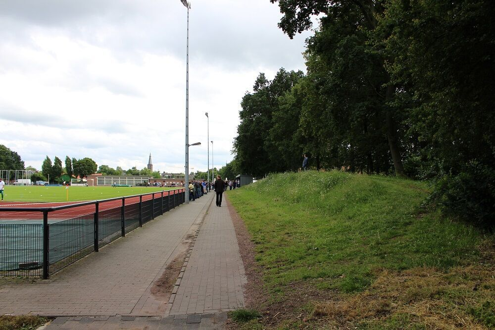 Jahn-Sportanlage_(DJK_Teutonia_St._Tönis)
