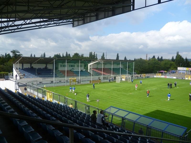 Stadion_am_Schönbusch