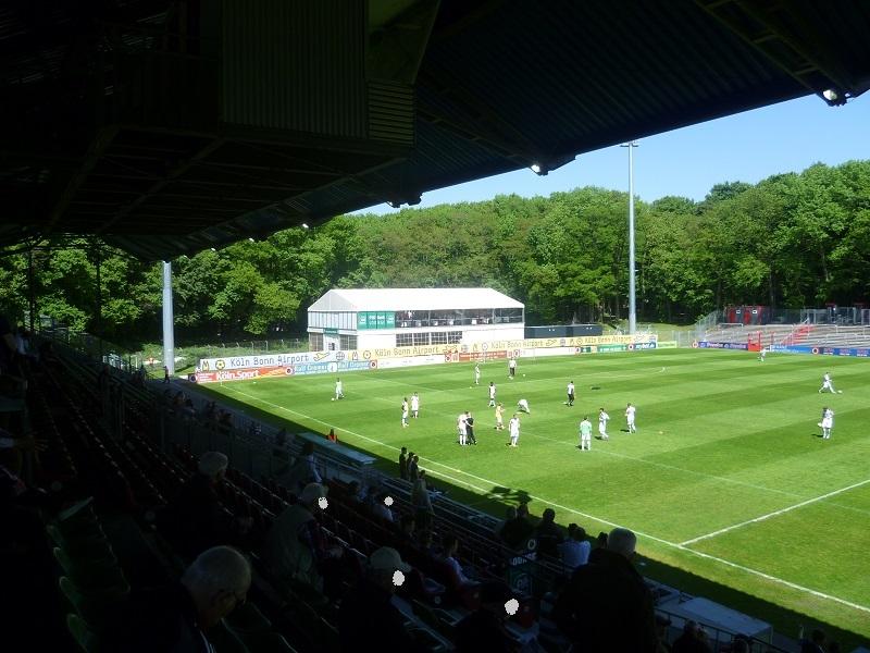 Stadion_im_Sportpark_Höhenberg