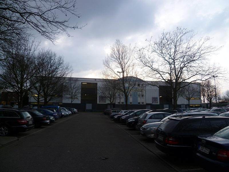 Eissporthalle_am_Westbahnhof