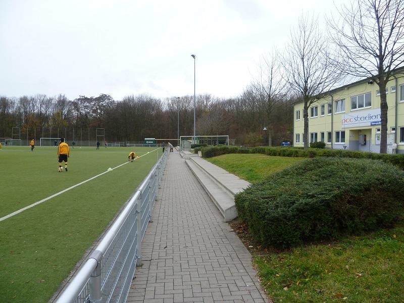PCC_Stadion_Nebenplatz_1
