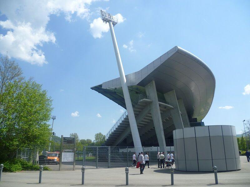 Stadion_an_der_Kreuzeiche