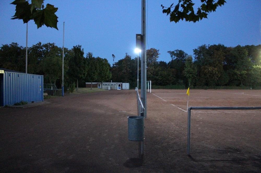 Friedrich-Ludwig-Jahn-Platz_Nebenplatz_2
