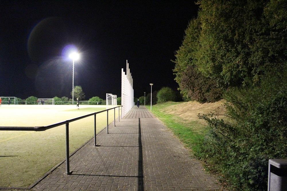 Stadion_Am_Hohen_Busch_Nebenplatz_1