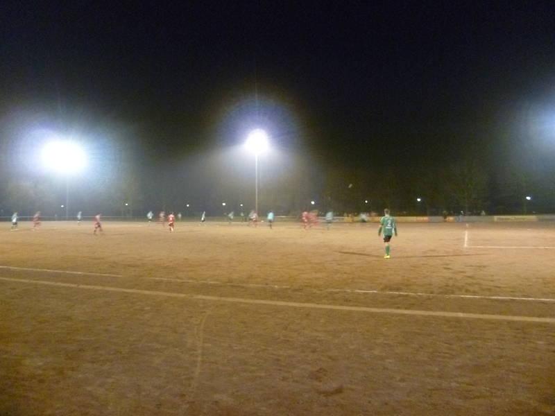 Sportanlage_An_der_Schleuse:_Blick_aufs_Spielfeld