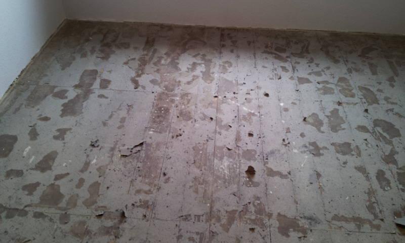 Firma  Baron  für  alle  Fälle     Raumausstatter - Fußbodenleger -  Renovierungen -Dielenboden Dielenboden - Verlegung - Restaurierung und Sanierung, Aufbereitung / Aufarbeitung verschlissener Stellen.