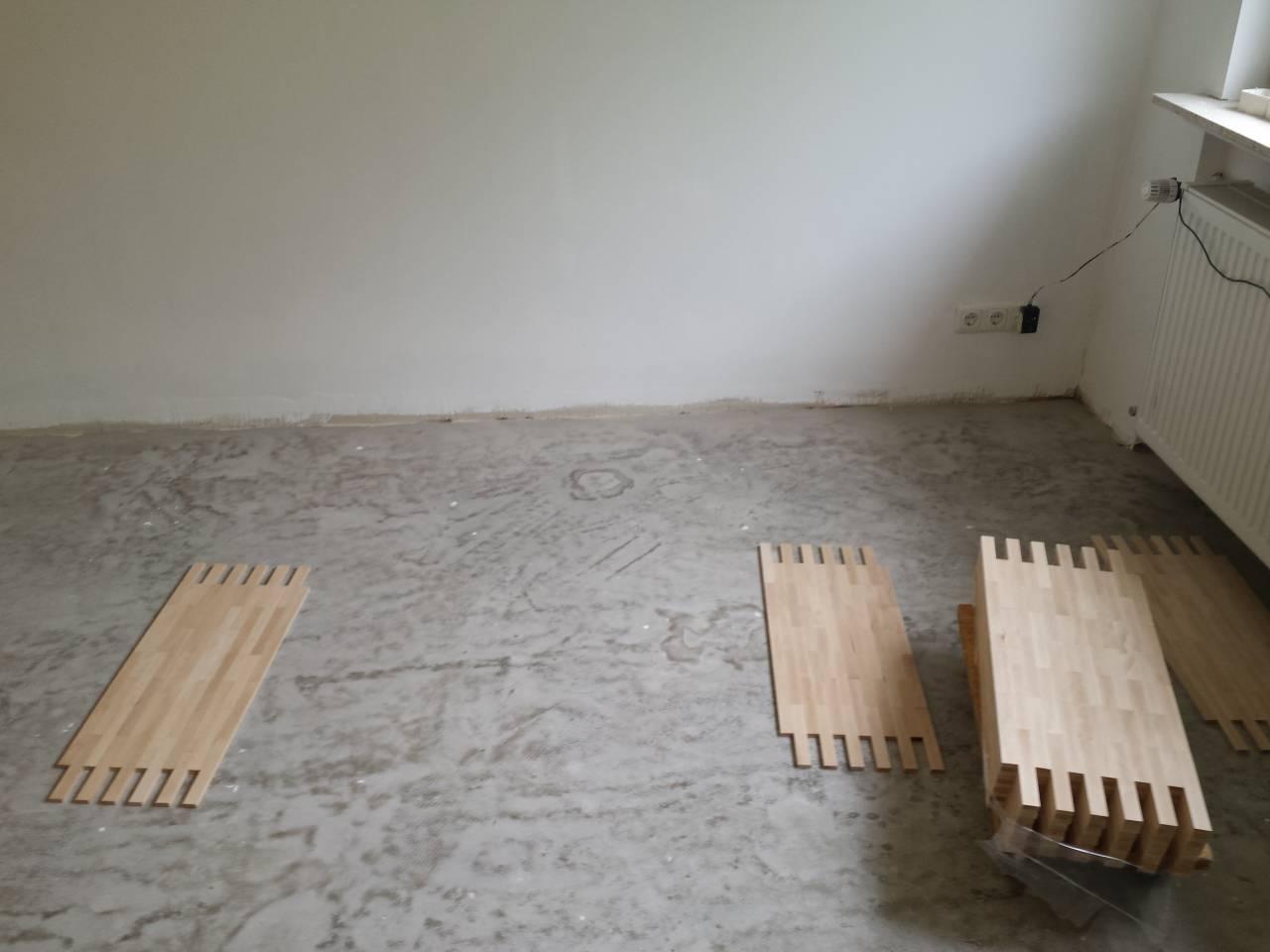 Firma  Baron  für  alle  Fälle    Firma  Baron  für  alle  Fälle     Raumausstatter - Fußbodenleger -  Renovierungen -Dielenboden Parkettleger - Verlegung - Restaurierung und Sanierung, Aufbereitung / Aufarbeitung verschlissener Stellen.