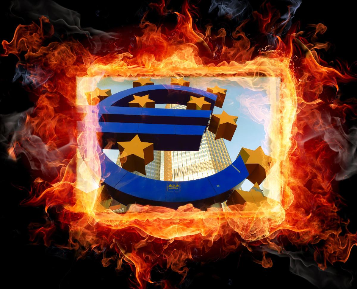 Finanzkrise - Der Euro brennt