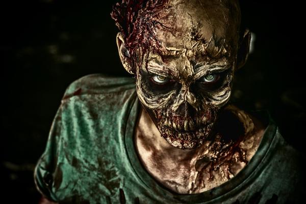 Zombie - Düster - Blut