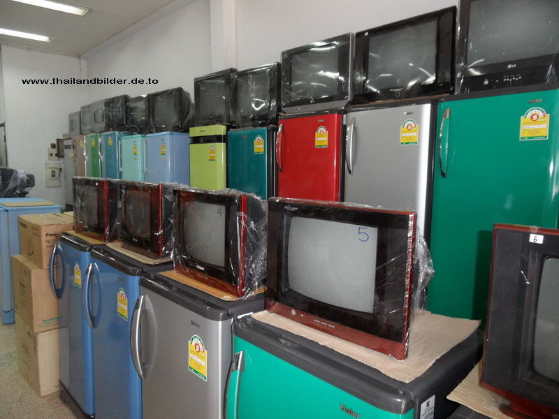 Fernseher und Kühlschränke
