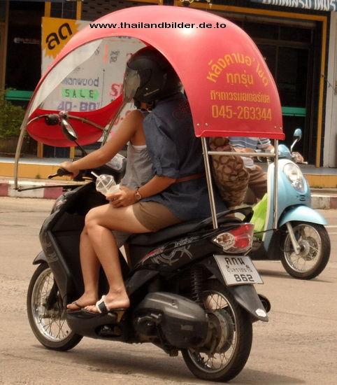 Sonnendach auf Motorroller