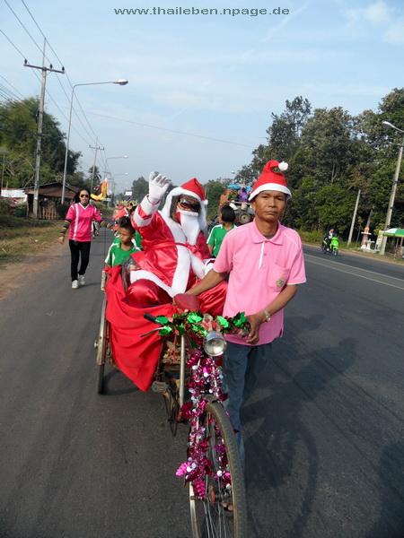 Weihnachtsmann im Fahrrad