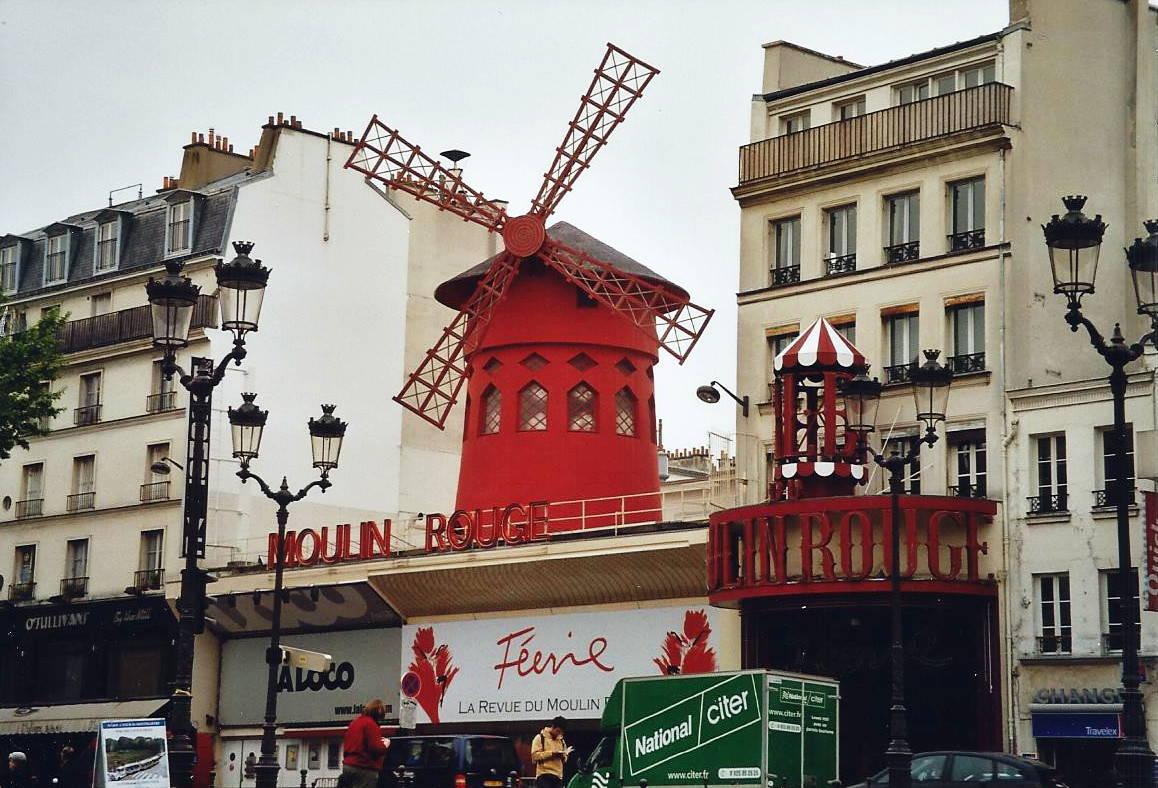 revuetheater in paris