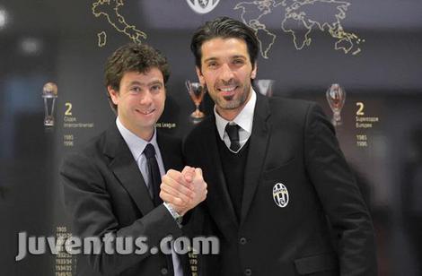 Gigi Buffon bis 2015 bei Juventus