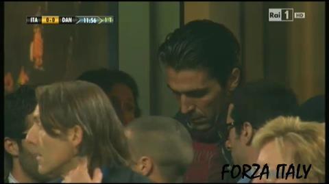 Buffon im San Siro nicht im Tor