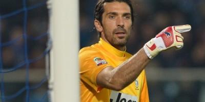 Buffon gegen Pescara im Tor