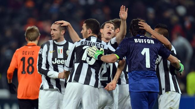 Juventus Turin gewinnt gegen Donetsk
