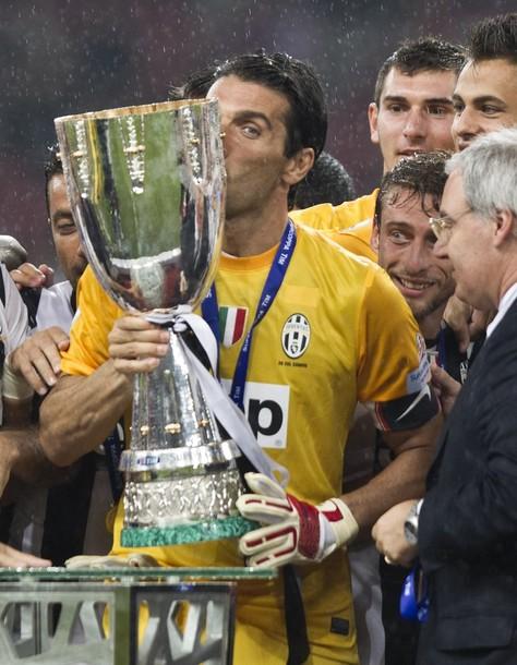 Juventus Turin gewinnt den Italien Super Cup in Peking