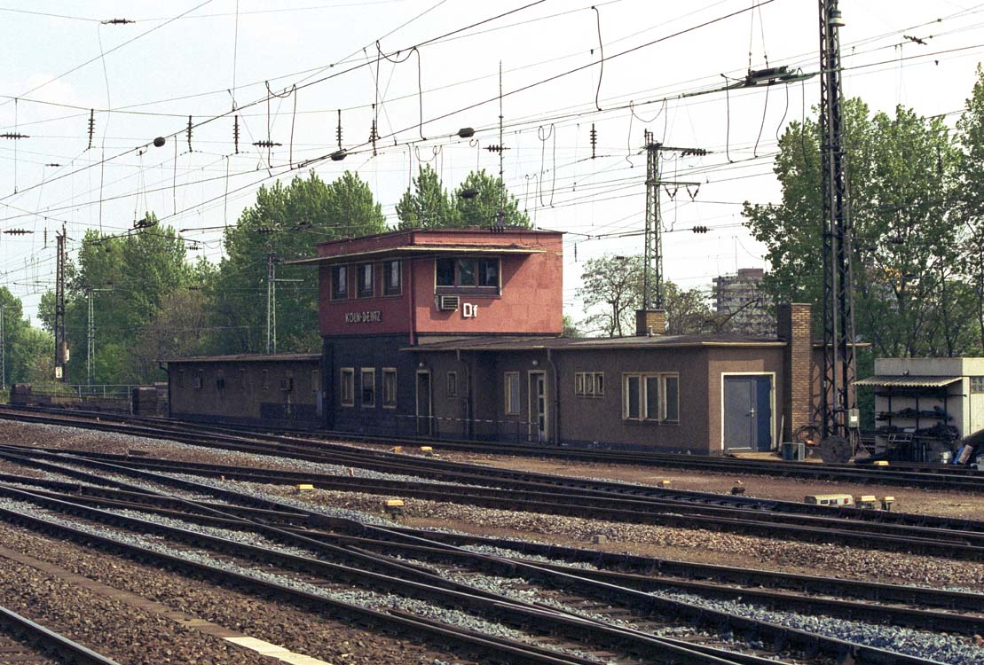 http://file1.npage.de/008885/90/bilder/90042121a.jpg