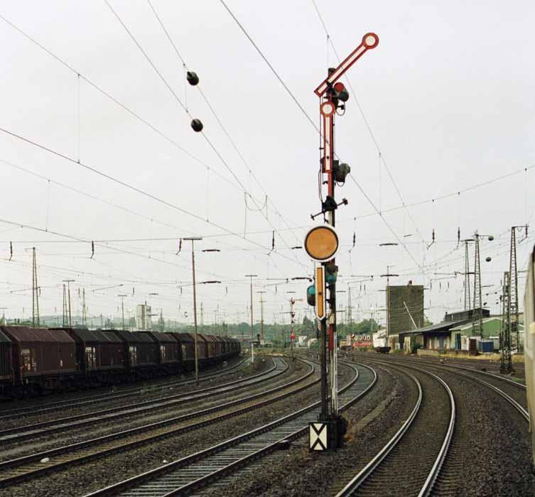 http://file1.npage.de/008885/90/bilder/94081718.jpg