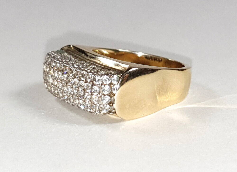 sehr schwerer breiter Damen 585 Goldring mit 100 Zirkonia Steinen
