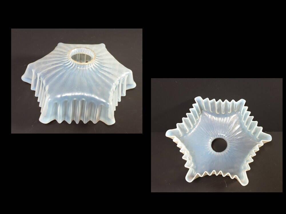 Art Deko Glas Lampenschirm Opalglas