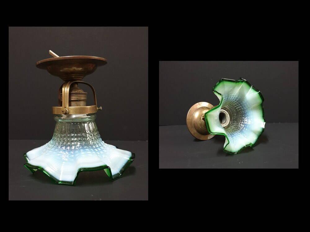 Art Deko Jugendstil Glas Lampe Blütenform grün
