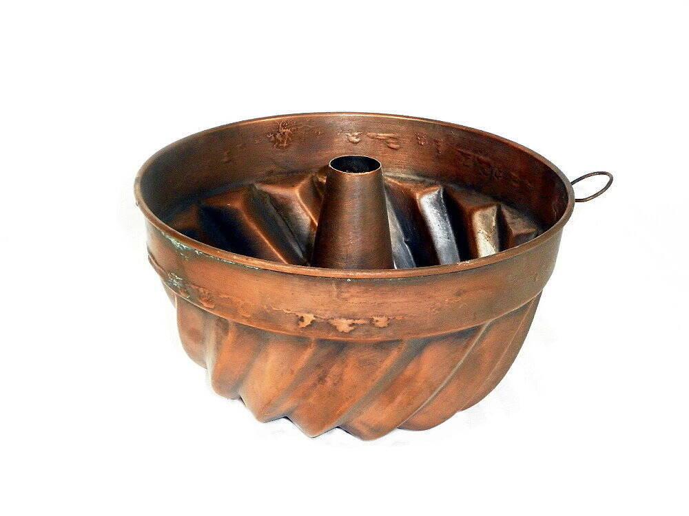 alte Kuchenform Backform aus Kupfer