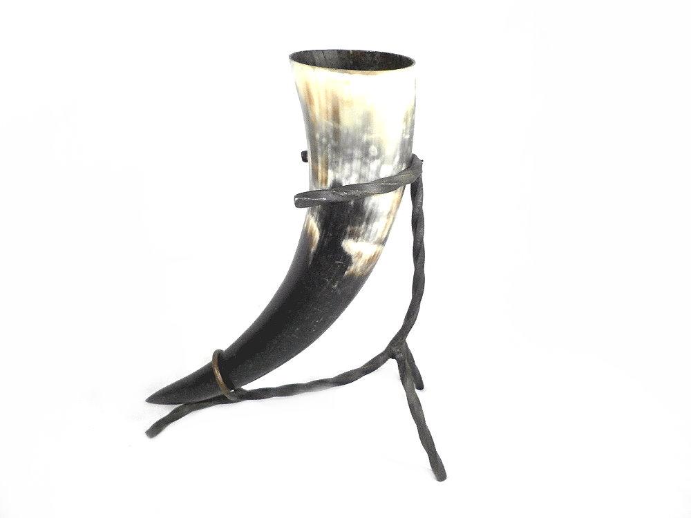 Trinkhorn mit Tischgestell zur Ablage, Wikinger, Römer, Kelten