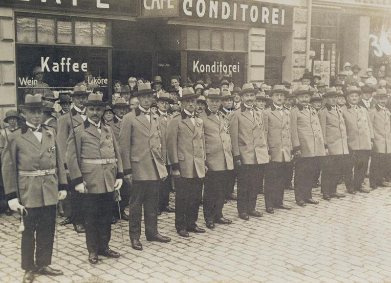 Die Anfänge 1928