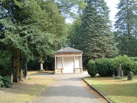 toilettenhaeuschen hasefriedhof osnabrueck