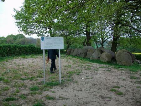wandern osnabrück hund bissendorfer burgenweg grosssteingrab jeggen